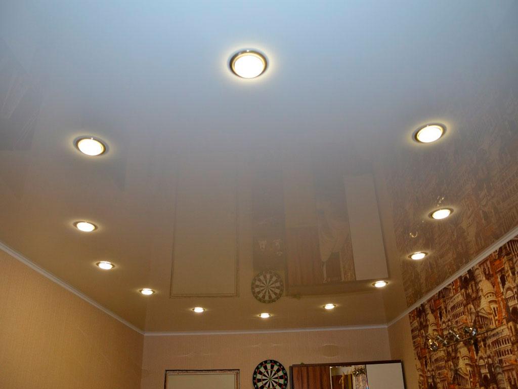 Натяжные потолки от компании Потолок Мастер, глянцевый потолок недорого.