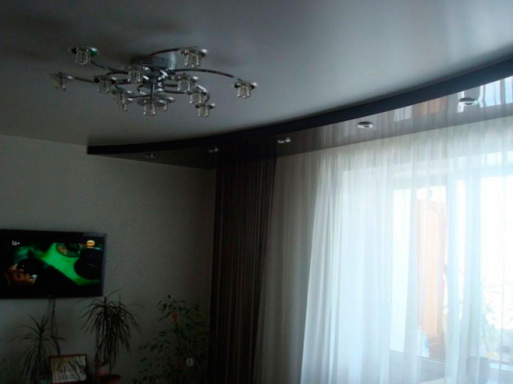 Черно белый натяжной потолок купить недорого в Москве.