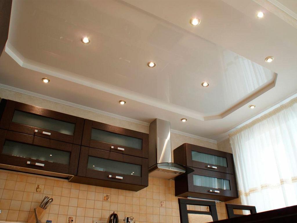 Натяжні стелі для кухні