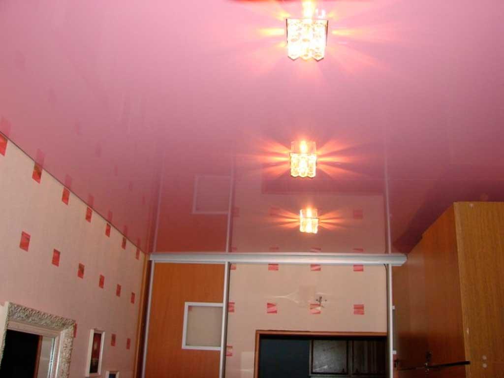 Глянцевый натяжной потолок фото наших работ, компания производитель Потолок Мастер.