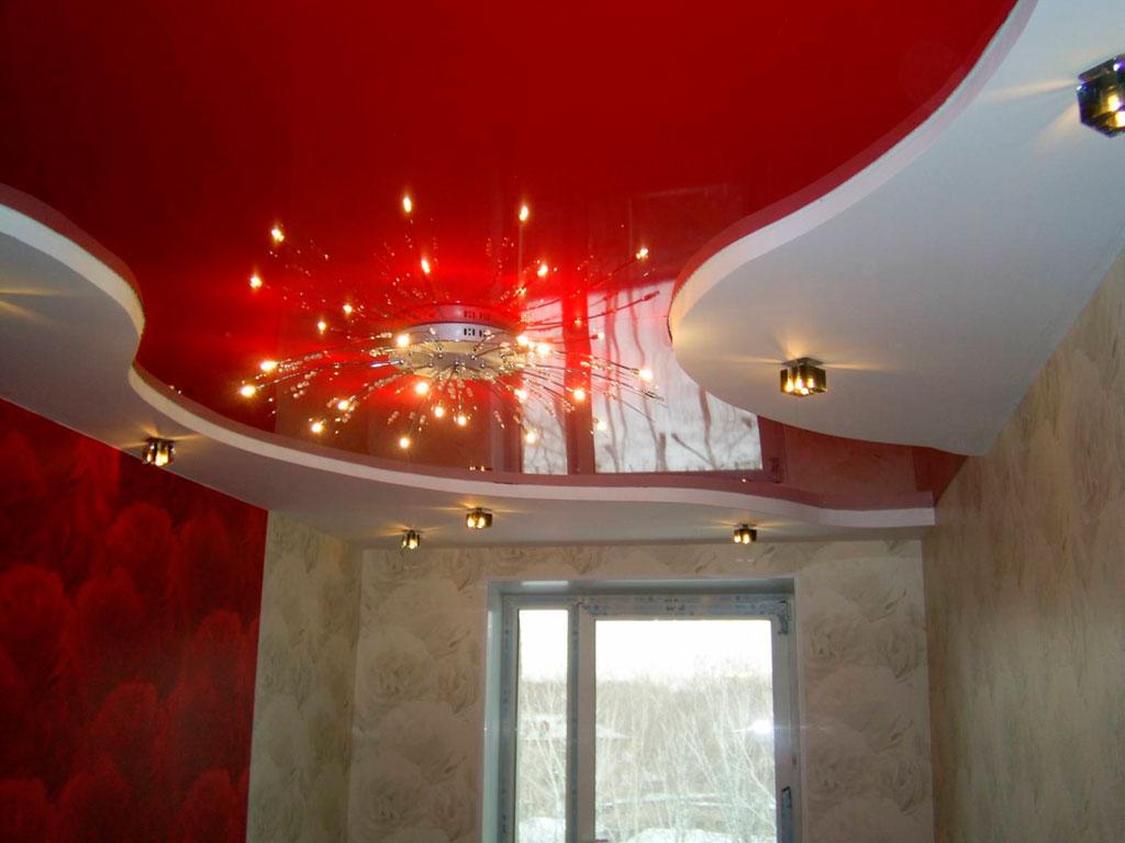 ДДвоярусні натяжні стелі з світильниками