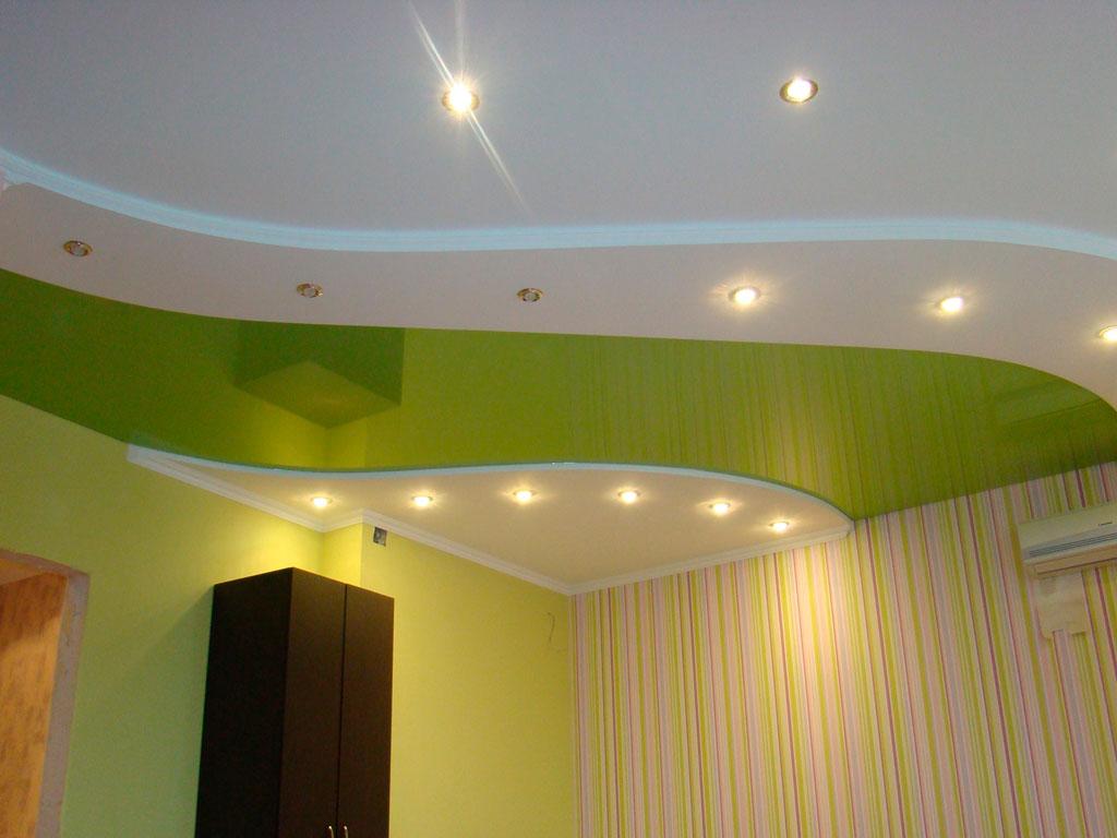 Двоярусні натяжні стелі кольорові
