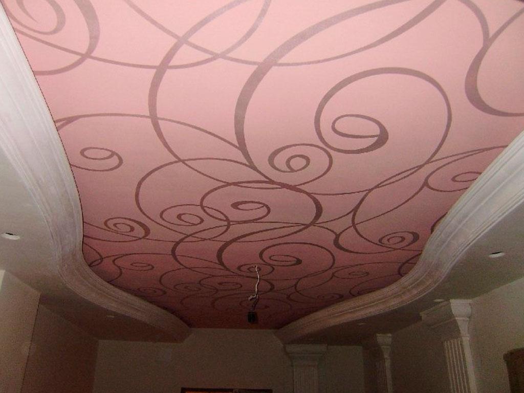 Установка тканевых натяжных потолков в комнату, натяжной потолок в зале дизайн.